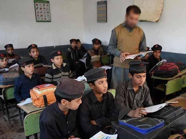 صوبے کے 8 تعلیمی بورڈز میں مجموعی طور پر 6لاکھ 61 ہزار 558 طلبہ و طالبات شریک ہیں