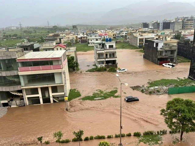 سیلاب کی صورتحال سے نمٹنے کے لئے ہنگامی پلان بنا لیا گیا ہے۔