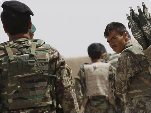 ان افغان فوجیوں نے پاکستان سے چترال کے ارندو سیکٹر پر پناہ کے لیے 26 جولائی کو درخواست کی تھی (فوٹو : فائل)