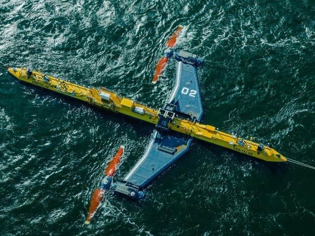 آربیٹل او ٹو دنیا کا طاقتور ترین پلیٹ فارم ہے جو سمندر پر تیرتے ہوئے مسلسل بجلی بناسکتا ہے۔ فوٹو: بشکریہ آربٹیل او ٹو