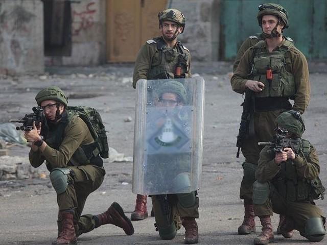 اسرائیلی فوج کی فائرنگ کے نتیجے میں 7 فلسطینی شدید زخمی ہوگئے، فلسطینی ہلال احمر