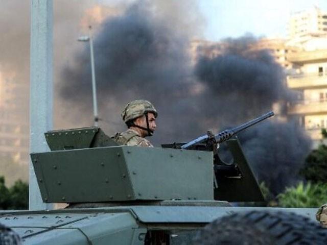 علاقے میں فوج تعینات کردی گئی ہے، فوٹو؛ رائٹرز