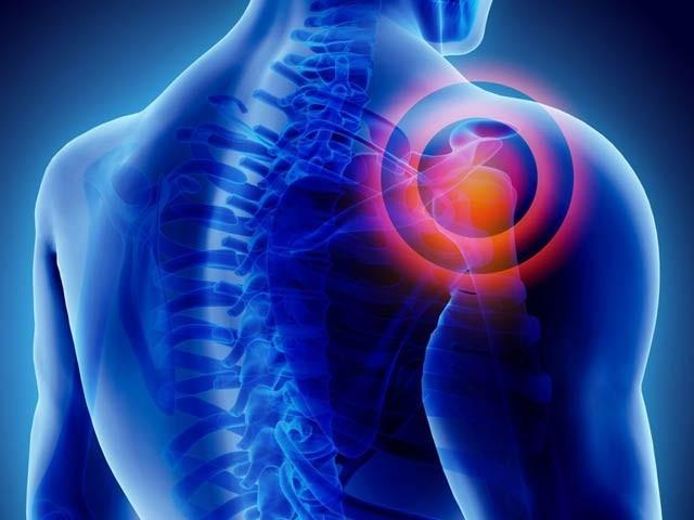 تحقیق سے ثابت ہوا ہے کہ مسلسل اور دیرینہ درد ہمارے احساسات اور جذبات کو تبدیل کردیتا ہے۔ فوٹو: فائل