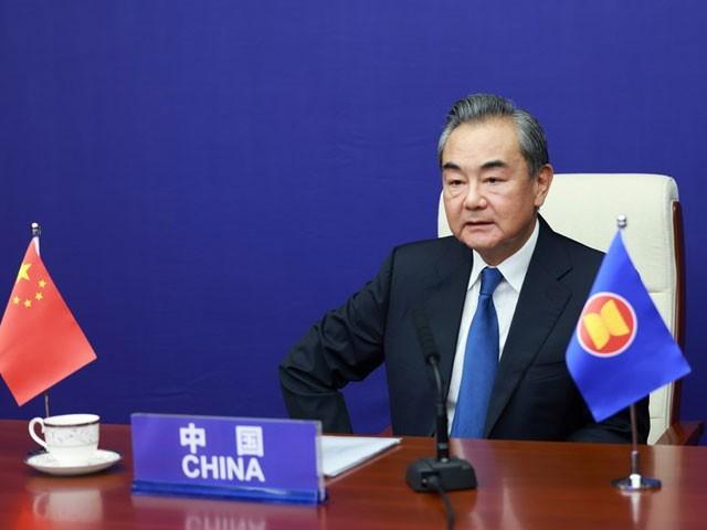 'سنکیانگ اور ہانگ کانگ امور، چین کےداخلی امور ہیں جن پر بیان بازی چین کے اندرونی معاملات میں مداخلت ہوگی،' وانگ ای (فوٹو: چائنا میڈیا)