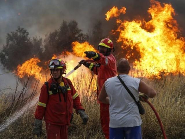 2007 میں بھی اس علاقے میں آگ لگنے سے درجنوں افراد ہلاک ہوگئے تھے،تاہم اولمپیا میں موجود آثار قدیمہ کو بچا لیا گیا تھا۔(فوٹو:فائل)