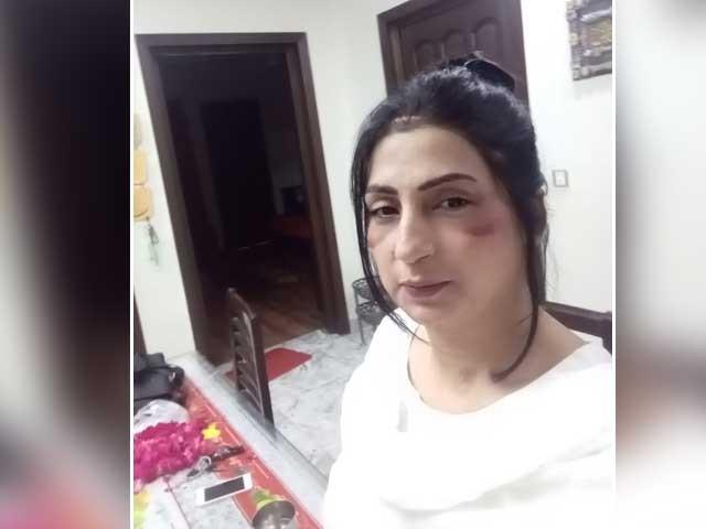 پولیس ایس ایچ او مناواں اپنے بھائی سلمان شوکت کے خلاف کارروائی کرنے سے گریزاں (فوٹو ایکسپریس نیوز)
