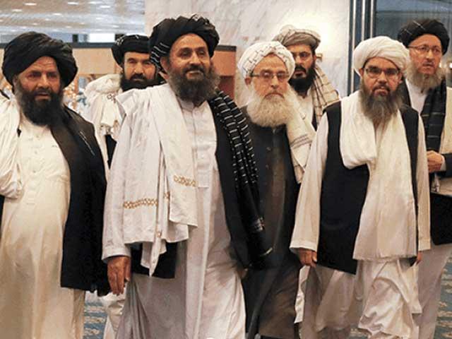 طالبان جیسے ہی بہ سرعت افغان صوبے فتح کرنے لگے،مغربی میڈیا میں ہلچل مچ گئی۔ فوٹو : فائل