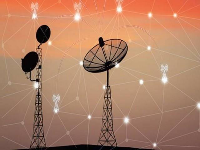 پاکستان میں ٹیلی کوم سیکٹر تمام ہمسایہ ممالک (ماسوائے افغانستان) سے پیچھے ہے۔ فوٹو: سوشل میڈیا