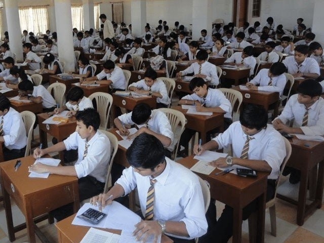 فیل ہونے والے طلبا کو رعایتی 33 نمبرز دے کر پاس کیا جائے گا، ذرائع