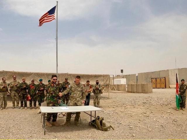 امریکا نے 20 سالہ افغان جنگ میں 20 کھرب ڈالر پھونک دیئے، فوٹو: فائل