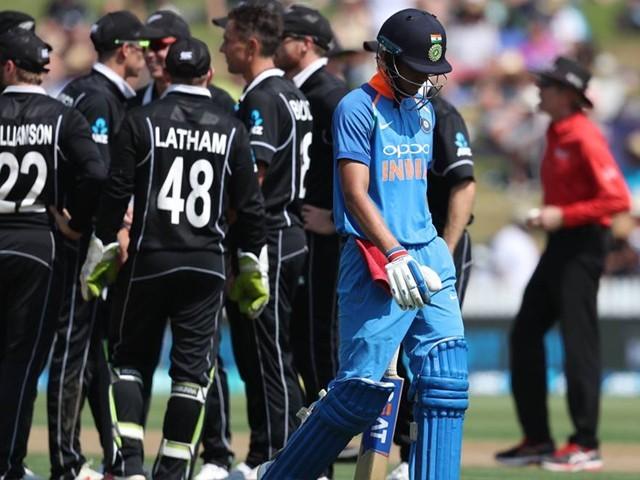 بھارتی ٹیم نے نیوزی لینڈ کے خلاف تین ون ڈے میچز کھیلنے تھے جو آئی سی سی ورلڈ کپ سپرلیگ کاحصہ ہیں