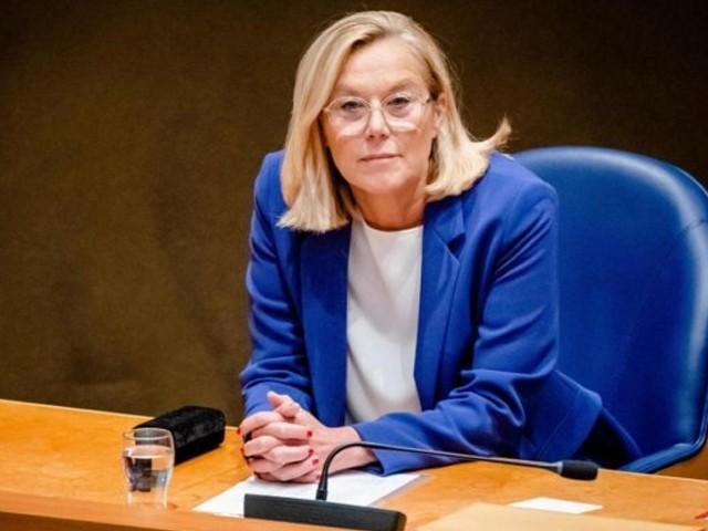 نیدر لینڈ کی پارلیمنٹ نے افغان انخلا میں بحران کی ذمہ دار حکومت پر عائد کرتے ہوئے وزیر خارجہ پر تنقید کی تھی