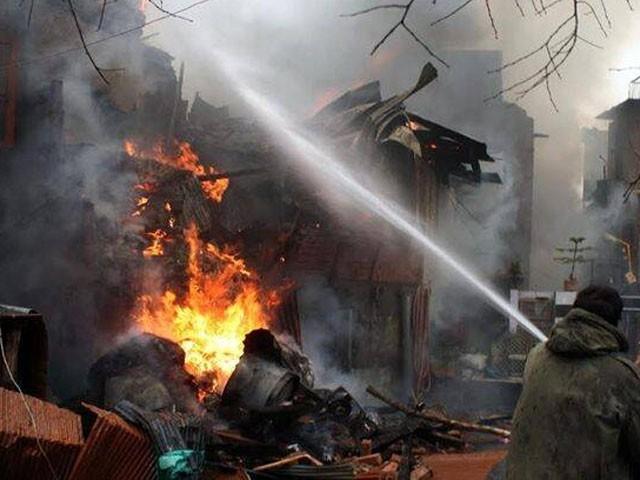 دھماکا گھر کے اندر کباڑ خانے میں ہوا، فوٹو: فائل