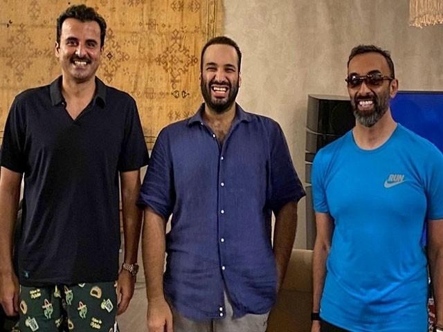 تینوں رہنماؤں کے درمیان ملاقات بحیرہ احمر میں ہوئی، فوٹو: ٹوئٹر