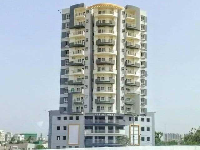 سپریم کورٹ نے کمشنر کراچی کو ایک ماہ میں نسلہ ٹاور خالی کرانے کا حکم دے دیا فوٹو: فائل