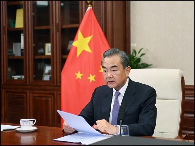 چینی وزیر خارجہ وانگ ای نے افغان امور کے حوالے سے چھ نکات پیش کیے۔ (فوٹو: چائنا میڈیا)