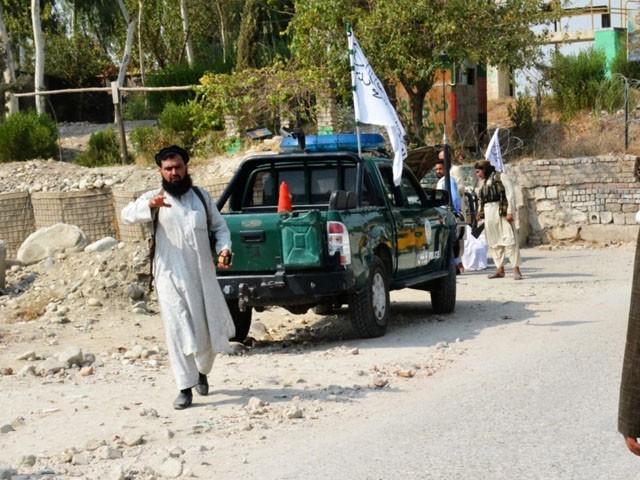 حملے میں 3 طالبان کے ہلاک ہونے کی اطلاعات ہیں، فوٹو: فائل