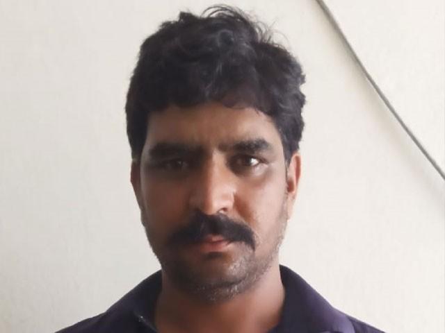 ملزم عدنان شاہ نے متاثرہ خاتون کا چھ ماہ کا حمل بھی ضائع کرایا۔