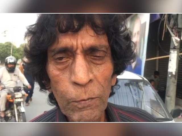 اداکار نے مطالبہ کیا ہے کہ اداکاروں کے فنڈ سے ماہانہ وظیفہ لگانے کا فوری اعلان کیا جائے - فوٹوز:ایکسپریس نیوز