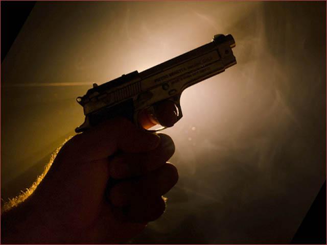 پولیس اور دیگر تحقیقاتی ٹیموں نے جائے وقوعہ سے شواہد جمع کرکے تفتیش کا آغاز کردیا ہے، ایس پی سٹی رضوان طارق۔(فوٹو: فائل)