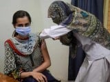 ملک بھر میں اب تک 3 کروڑ 78 لاکھ 55 افراد کی مکمل ویکسی نیشن ہوچکی ہے