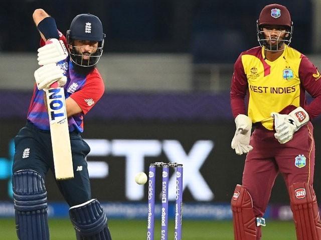 انگلینڈ کی جانب سے عادل رشید نے 4، معین علی اور ٹیمل ملز نے 2،2 وکٹیں حاصل کیں - فوٹو: آئی سی سی